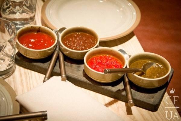 Разнообразные грузинские соусы