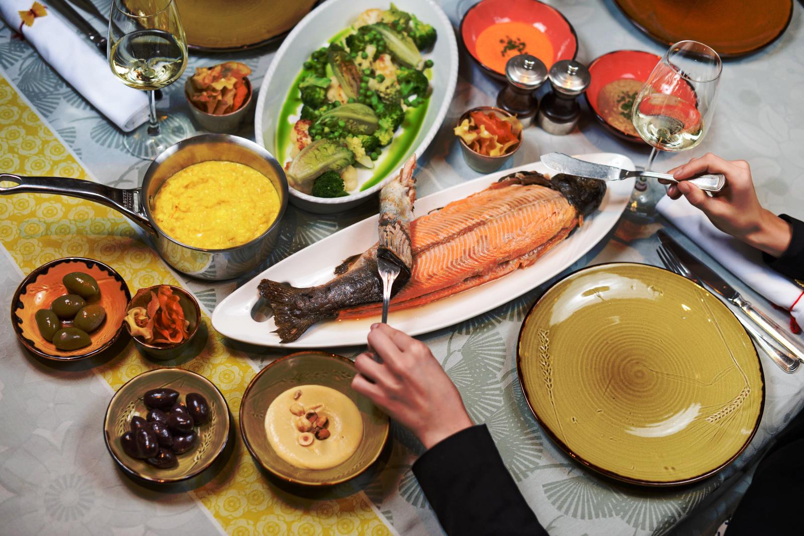 каждой-второй картинки воскресного семейного обеда дело только том